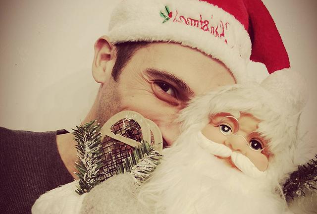 Ιωακείμ Κάσδαγλης: απαντά σε 7 ερωτήσεις με γεύση & άρωμα Χριστουγέννων