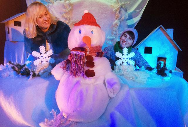 """Πρόγραμμα Χριστουγεννιάτικων Παραστάσεων του Θεάτρου Κούκλας «WHITE PUPPET"""""""