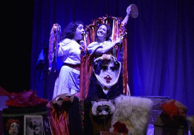 """""""Η Βαλίτσα με τις μάσκες"""" σε live streaming από το θέατρο ΑΕΡΟΠΛΟΙΟ"""