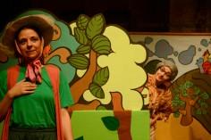 Κερδίστε προσκλήσεις για την παράσταση «Μήλα ζάχαρη κανέλα» στο θέατρο Φούρνος